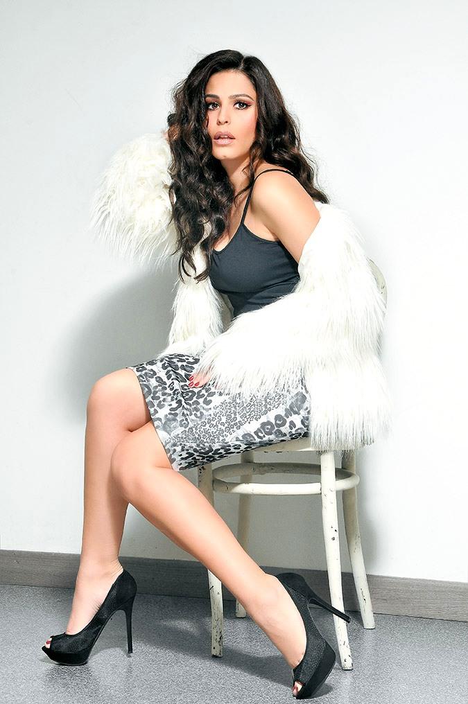 82238032349 Κατερίνα Παπουτσάκη: Η πιο σέξι Ελληνίδα των ΄00s χωρίς ρούχα ...