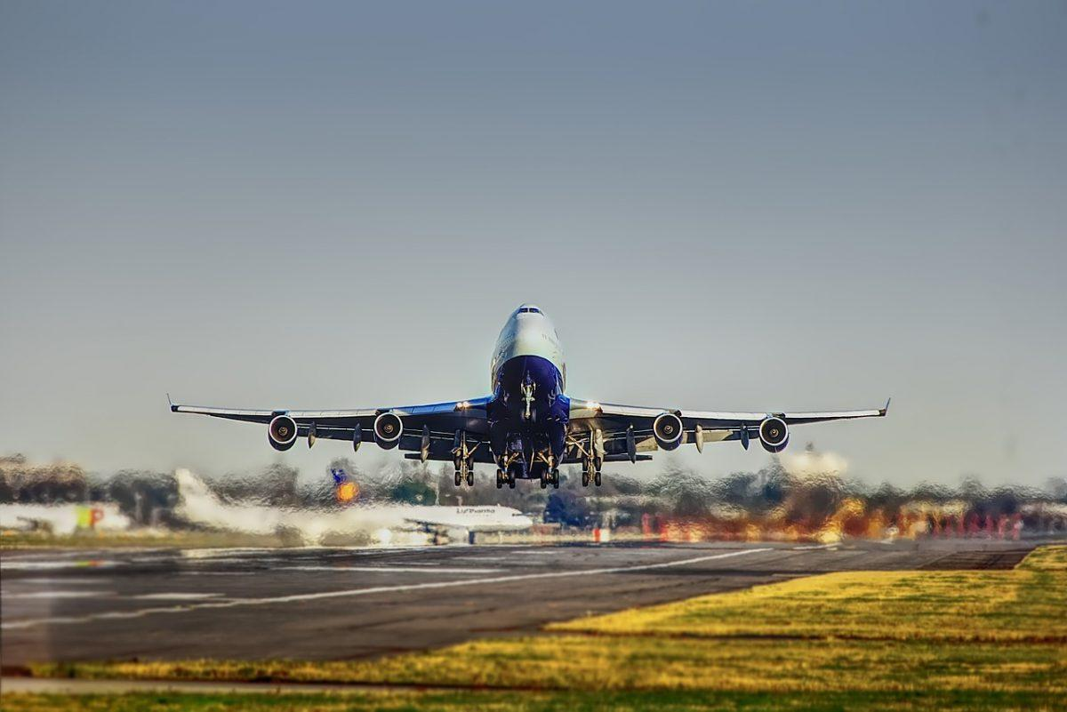 Aεροπορικές εταιρείες: Γιατί αποφεύγουν να διασχίζουν τον Ειρηνικό Ωκεανό