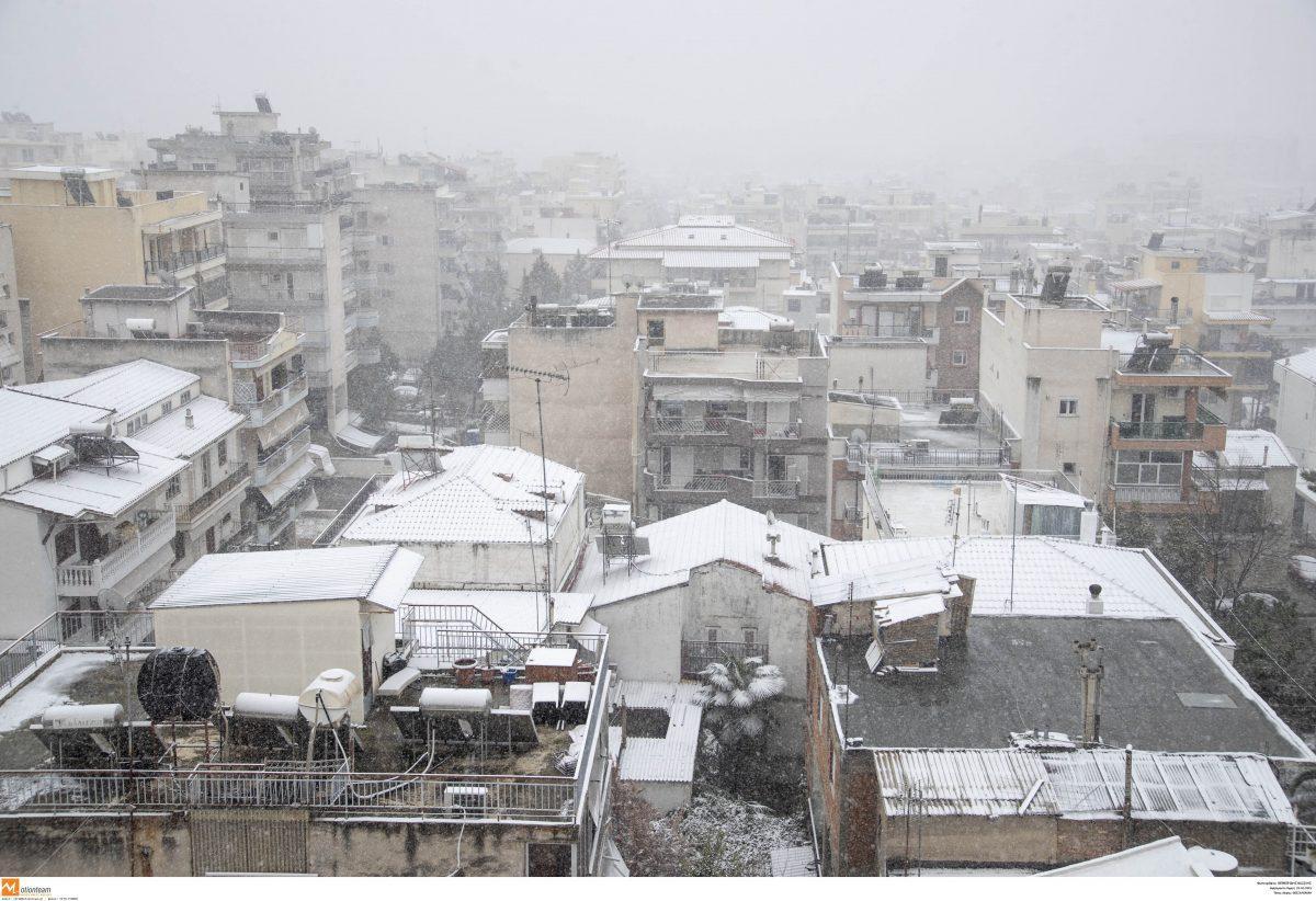 Πρόγνωση καιρού: Έρχεται βαρύς χειμώνας με χιόνια – Τι προβλέπει ο Σάκης Αρναούτογλου