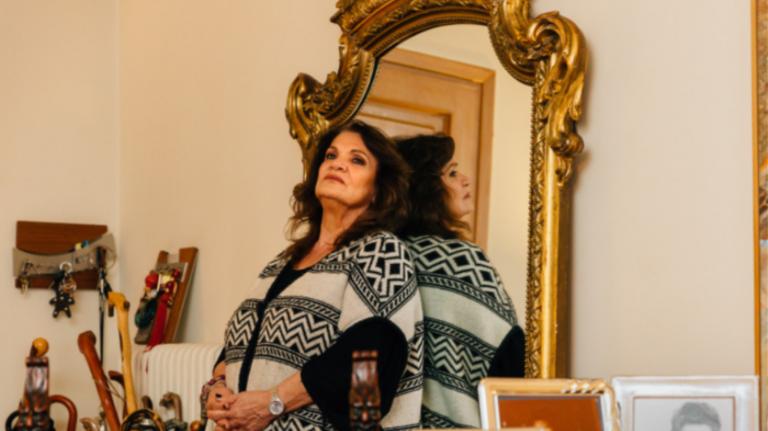 Ελπίδα: Πένθος για την τραγουδίστρια που έχασε τον σύζυγό της