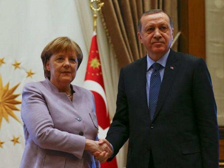 Όλοι φίλοι και η Τουρκία χώρια – Μόνο η Γερμανία στεναχωριέται για τη σύμμαχό της